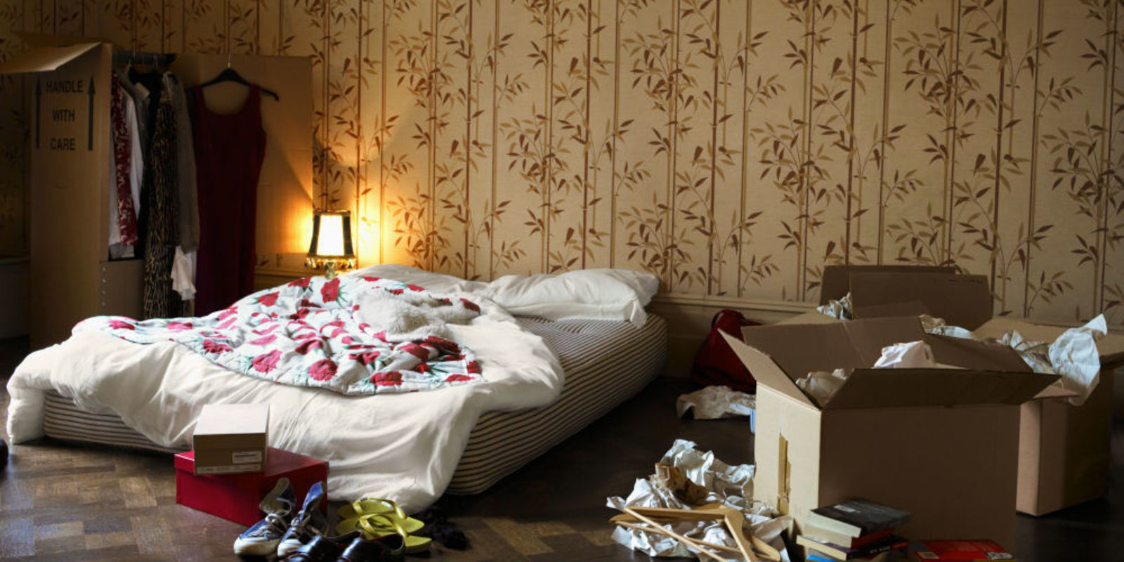 Rommelige kamer dat is dus heel positief voor je - Kleedkamer voor mansard kamer ...