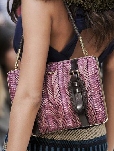 Schoudertassen Zomer : Trend zomer kleine tassen