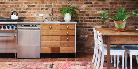 5 plekken in de keuken die je regelmatig zou moeten for Keuken schoonmaken